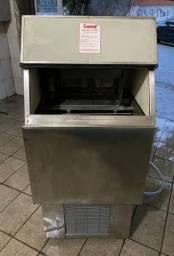 Título do anúncio: Máquina de gelo EVEREST EGC 75 (Revisada)