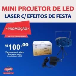 Título do anúncio: Mini projetor de Led Canhão Laser com Efeitos de Festas