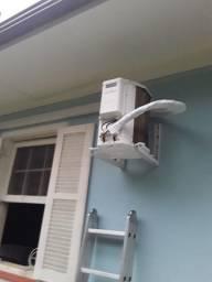 Título do anúncio: Instalação e Manutenção de Ar condicionado split e janela residencial .