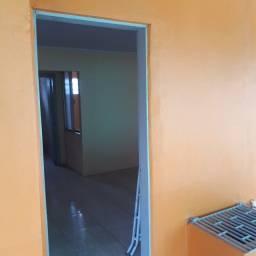 Título do anúncio: Casa Alvenaria para alugar, Centro de Cachoeirinha, área nobre.