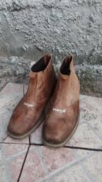 Vende-se botas