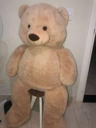 Urso enorme