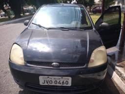 Fiesta 2005 parado - 2005