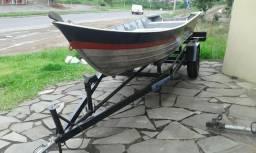 Barco 5 mts usado e reboque novo e motor 5hp 4t. 2015 - 1997