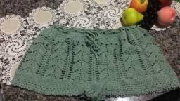 Shortinhos de crochê