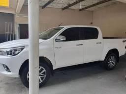 Toyota Hilux 2.8 Tdi Srx Cab. Dupla 4x4 Aut. 4p<br><br>
