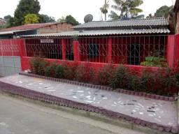 Vendo ou troco essa casa em Manaus por outra em Santarém.