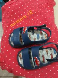 Sandália de menino pimpolho
