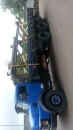 Caminhão 1316 mercedes