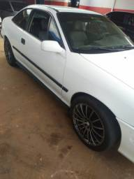 GM Calibra 8v