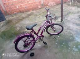 Vendo bicicleta feminina semi nova