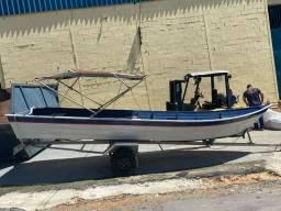 Bote de 6m com motor