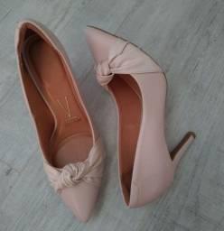 Título do anúncio: Sapato feminino Vizzano n°38