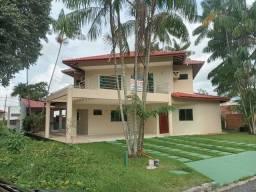 Linda casa Residencial Castanheira 3 suites avarandadas