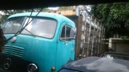 Caminhão LB cara chata