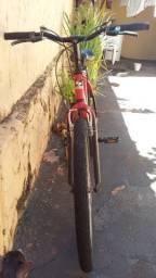 Vendo ($300) ou troco por celular Bicicleta shimano 21 speed,  em bom estado.