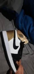 Título do anúncio: Air Jordan 1 Gold Toe - Sem Caixa