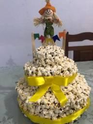 Vendo bolo de pipoca para Festa Junina