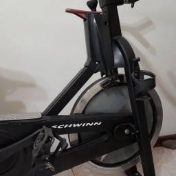 Título do anúncio: Bike de spinning Schwinn