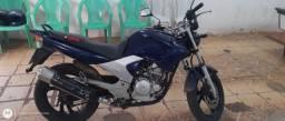 Vendo uma moto fazer 250 azul