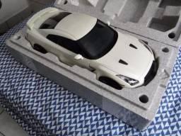 Nissan GTR 1/12 Branco