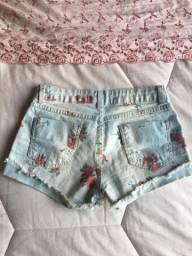 Vendo short Jeans estampado