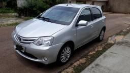 Vendo etios hatch 13/13 - 2013
