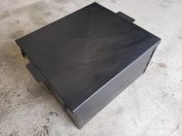 Caixa de baterias para motor estacionário