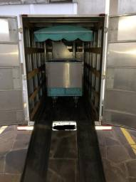 Vendo carrinho de churros com reboque fechado e sob medida