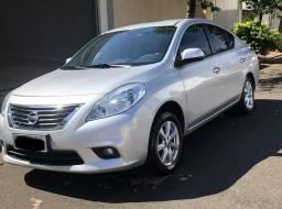 Nissan versa sl - 2013