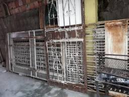 Vendo tem portas portões janelas e grades