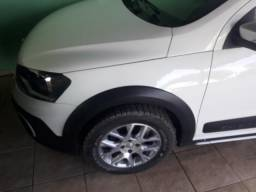 Volkswagen Saveiro 1.6 Cross Cab. Estendida Total Flex 2p - 2013