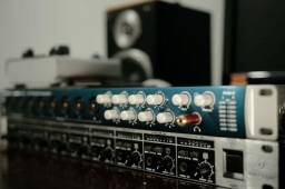 Interface de Áudio | Audiobox 1818 VSL