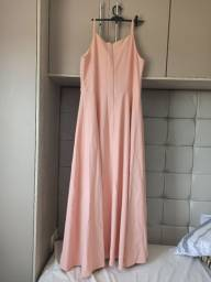 Vestido de festa longo de alça com decote fenda lateral