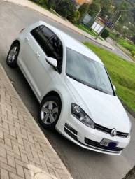 Vendo Golf 14/15 confortline 1,4 turbo.