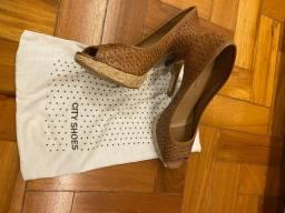 Sapato de Salto City Shoes