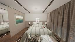 Apartamento alto padrão, com 220m² de área privativa.