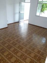 Excelente 2 quartos Rua Fernando Esquerdo