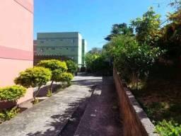 Título do anúncio: Apartamento térreo em condomínio fechado no Santa Cruz Industrial