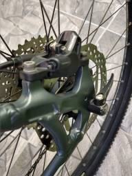 Bicicleta aro 29 quadro first Quadro First Rock Shox xc32