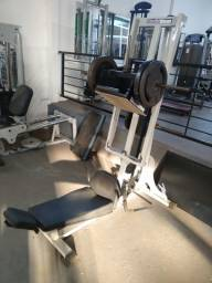 leg press 85 mundial fitnes