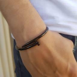Bracelete Prego Tamanho P Dourado Cromado Preto Metal Zamac