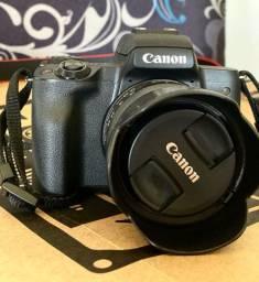 Câmera Digital Canon EOS M50 Mirrorless com Lente 15-45mm Kit