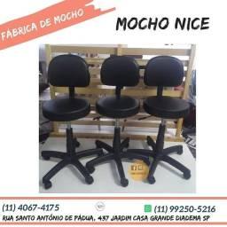 Título do anúncio: Cadeira Mocho Giratória Maca Estética /consultório E Encosto