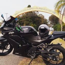 Título do anúncio: Kawasaki Ninja 250R
