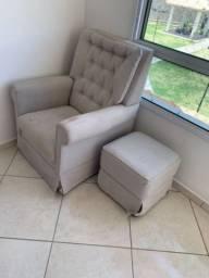 Cadeira amamentação com puff