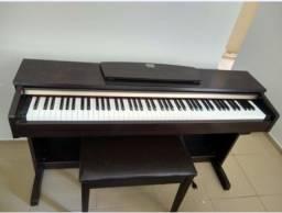 Título do anúncio: Piano elétrico Yamaha Clavinova CLP 320