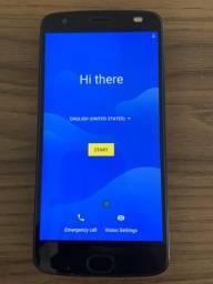 Moto Z Force 2 com Snap (bateria externa e Tv digital)