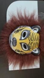 Vendo máscara fofão LEÃO E GURILA