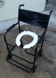 Vende-se cadeira de banho Semi nova